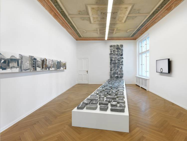 Jose Santos III, Distance between two points, Arndt Art Agency, Berlin, Installation view 1