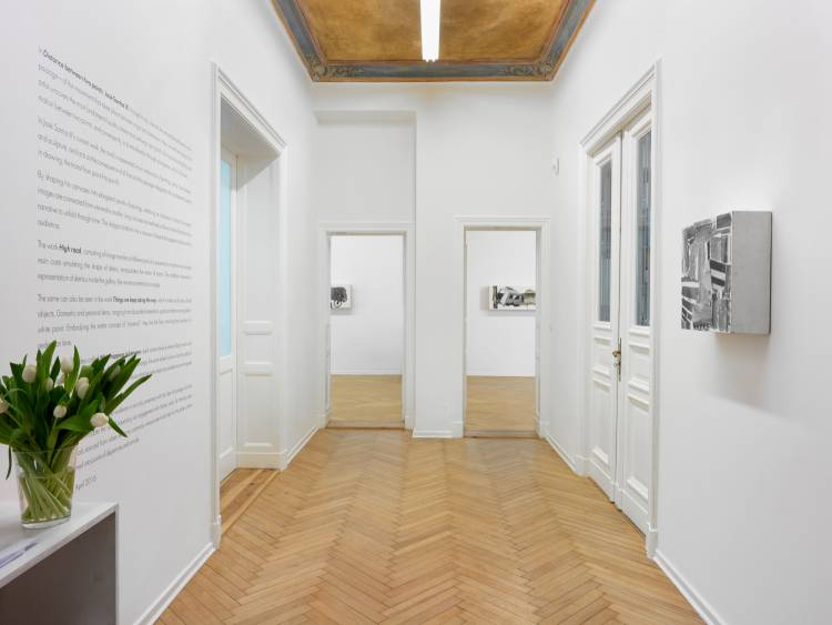Jose Santos III, Distance between two points, Arndt Art Agency, Berlin, Installation view 3