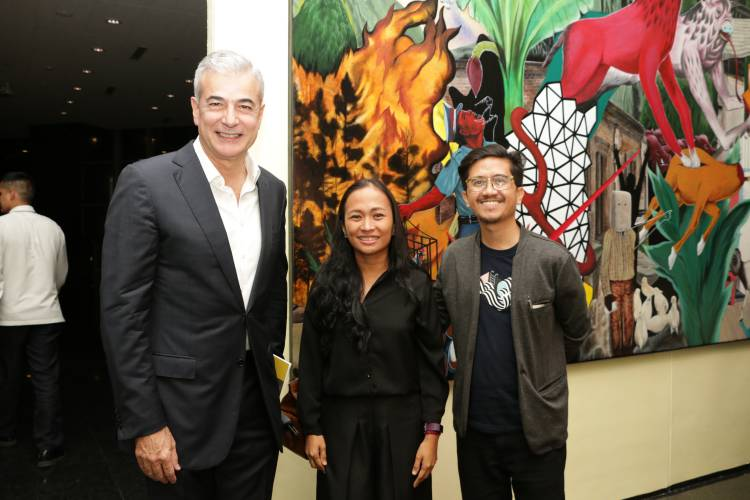 Rodel Tapaya, Urban Labyrinth, Ayala Museum, Opening Reception 30.JPG
